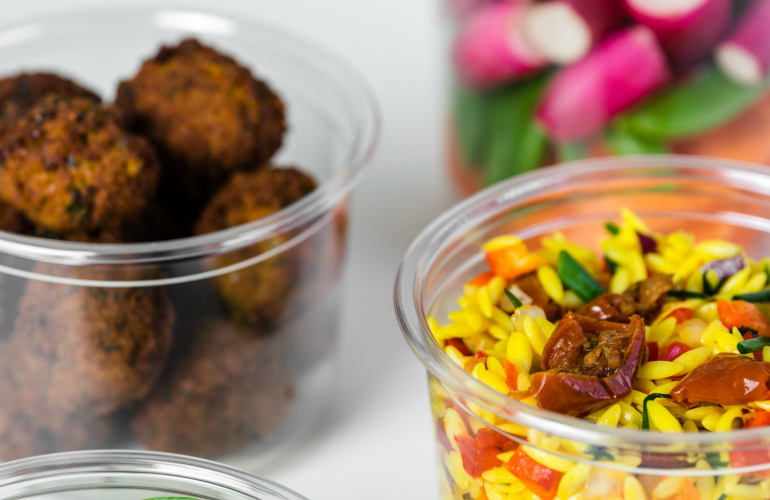 Tri-Star launches super-sustainable deli pot range with lots of bottle